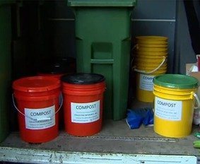 residential composting service - tote or bucket